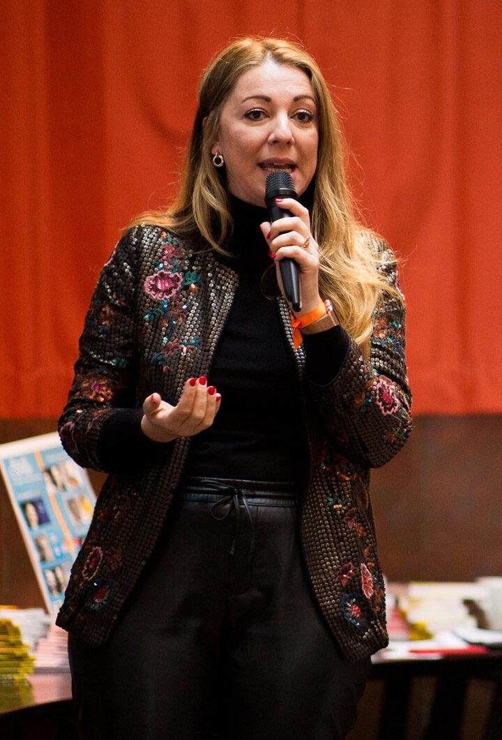 Ana Loback Turningpoint