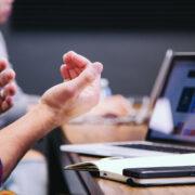 Favoriser le lien et l'engagement chez ses équipes malgré la distanciation sociale